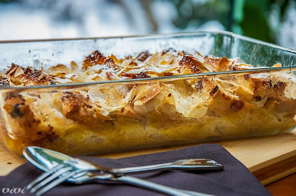 kruhov narastek z jabolki in mandlji 55