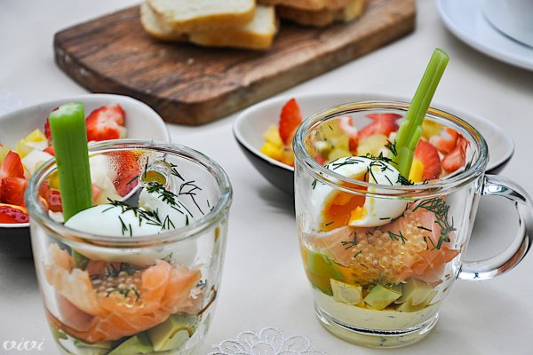 zajtrk losos jajce avokado