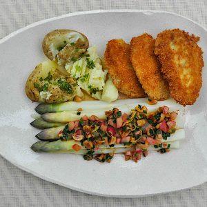 belusi z redkvicami in lesniki mladi krompir2