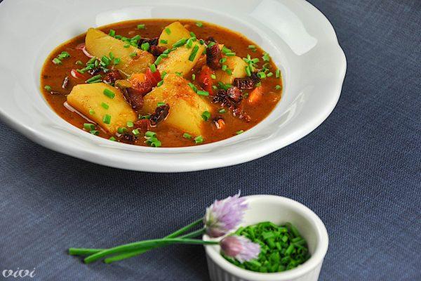 krompirjev golaz s papriko 5