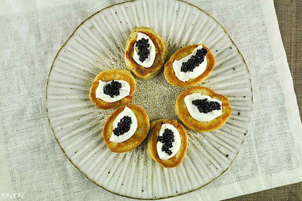 blini kaviar amuse