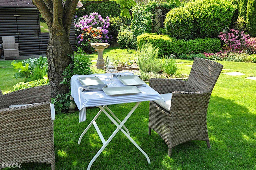 vrt piknik v dvoje pripravljen 3