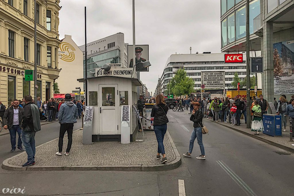berlin checkpoint charly 2