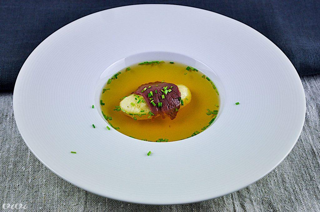 bistra zelenjavna juha zdrobov cmok gosja prsa2
