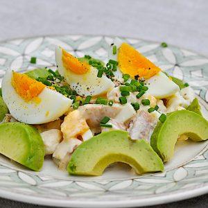 jajčna solata z dimljeno postrvjo7