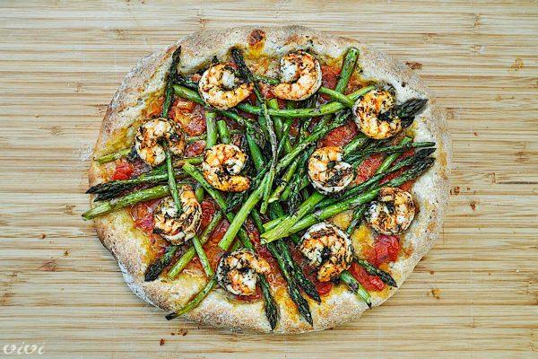 pizza šparglji kozice azijska
