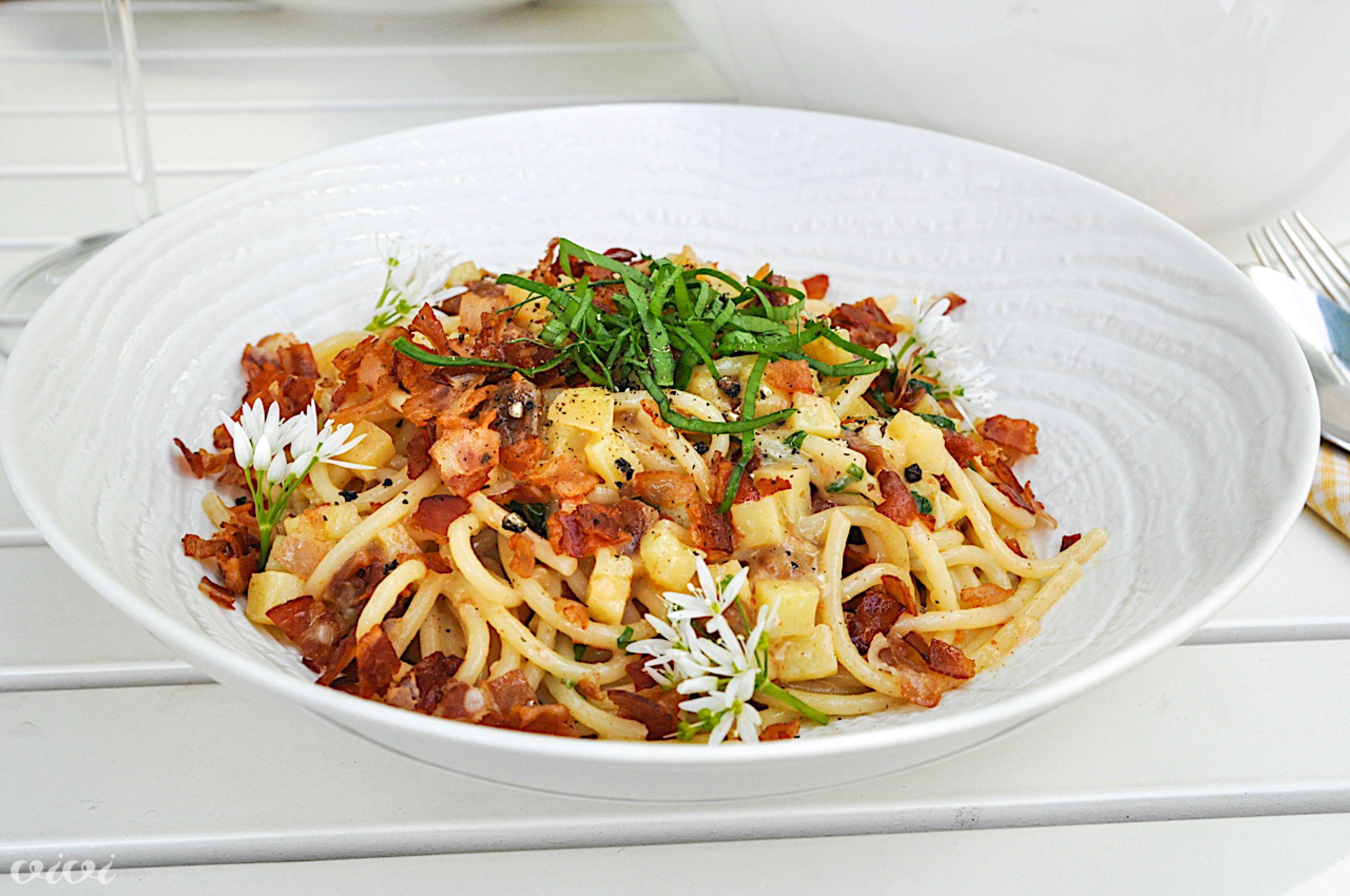 spageti s krompirjem slanino in paradizniki4