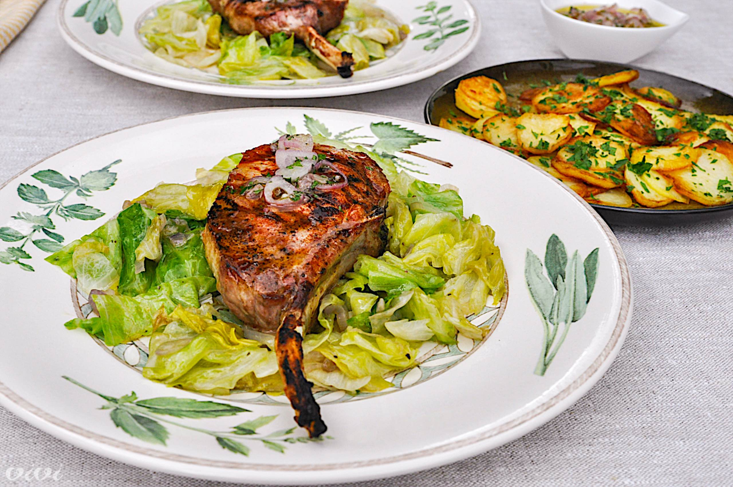 svinjski kotlet na žaru pečena solata šalotkin vinaigrette3