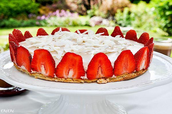 jagodna torta s kokosom in limeto3