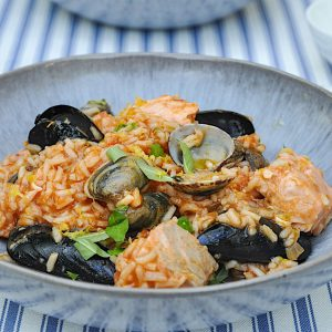 portugalska riževa ponev školjke losos4