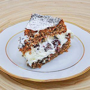 torta iz vetrca z lešniki in malinami11