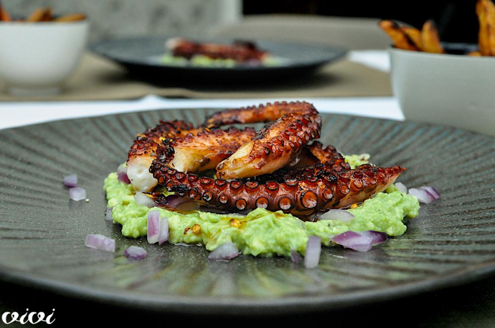 hobotnica guacamole sladek pomfrit2