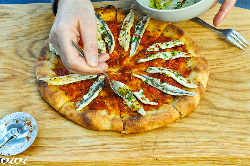pizza z mariniranimi sardoni2