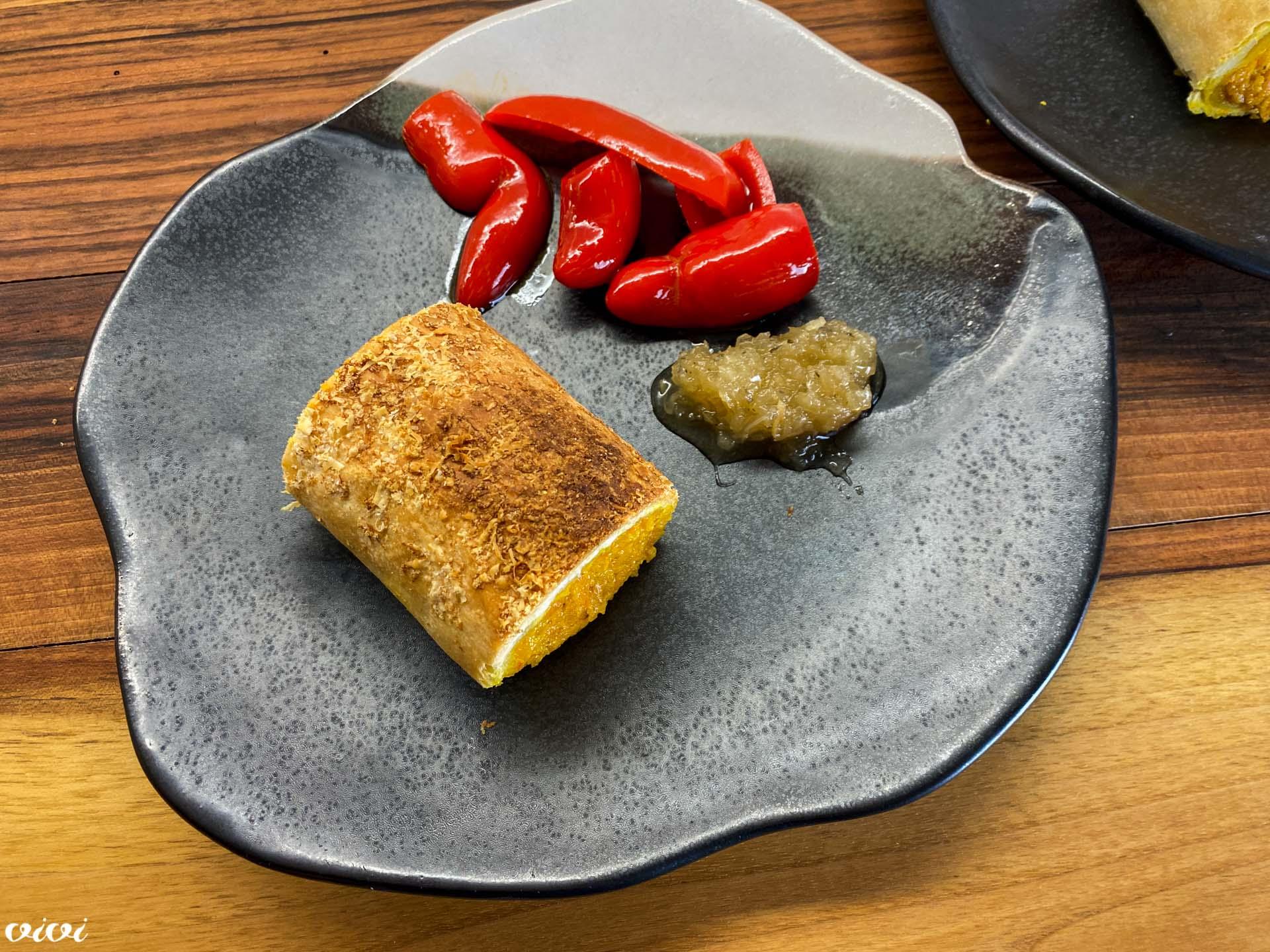 štrudelj sladki krompir in buča jalapeno čebulna marmelada5
