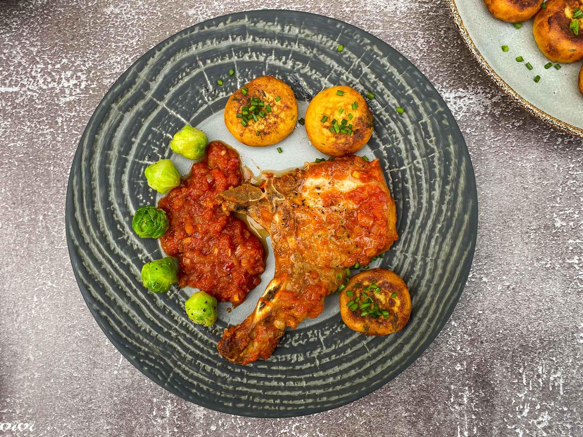 svinjski kotleti s papriko in paradižnikom026