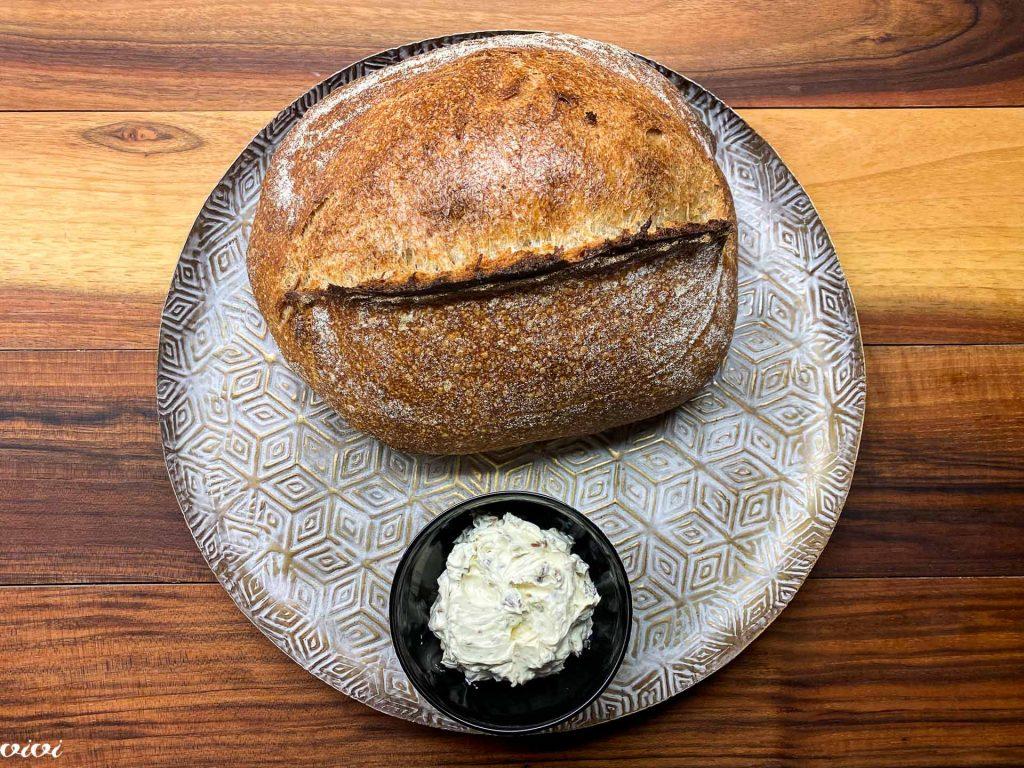 sardelni namaz in kruh z drožmi010