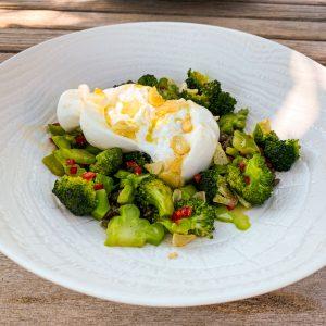 Brokoli, leča in burrata008