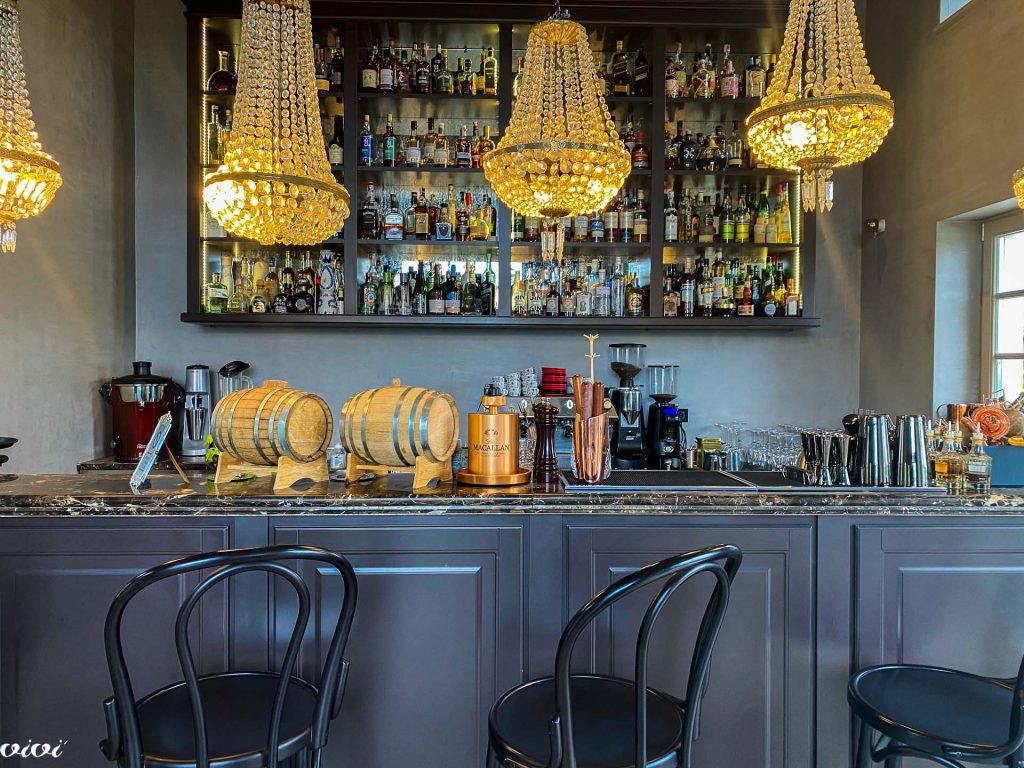Luciano bar