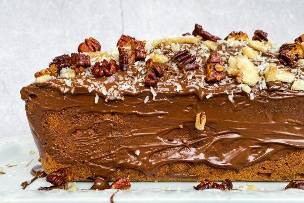 Bananin čokoladni kolač s kokosom in pekani016