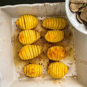Pečen krompir, tartufi in rikota125