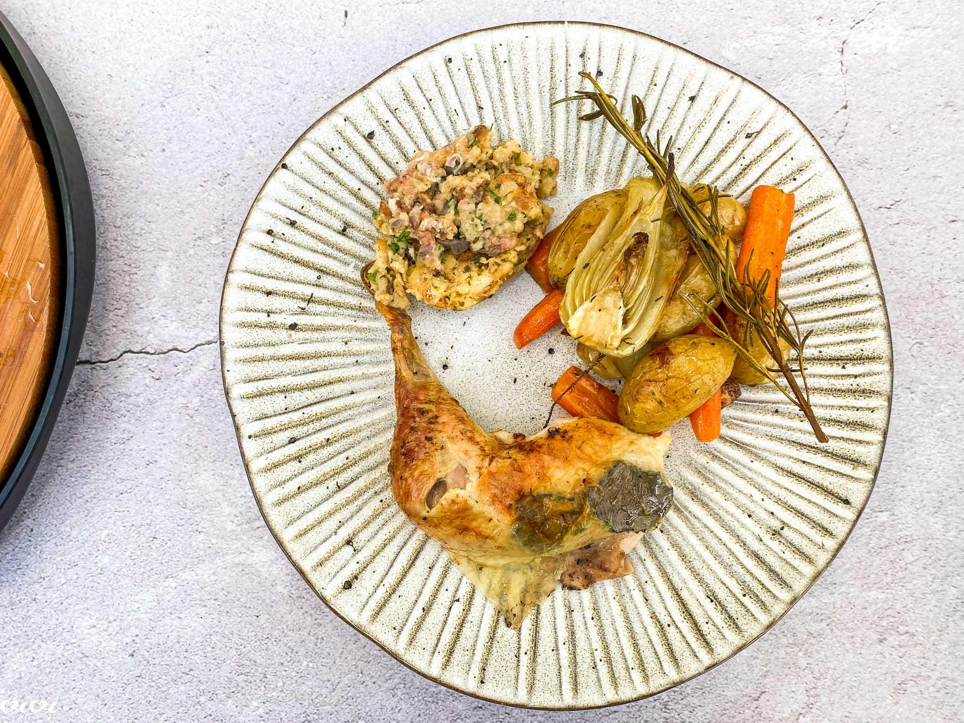 Pečen piščanec s filo in tartufi069